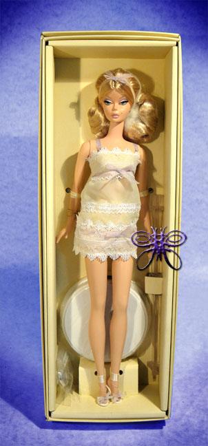http://magmaheritage.com/Barbiefolder/Tout-de-Suite-Silkstonelarge.jpg