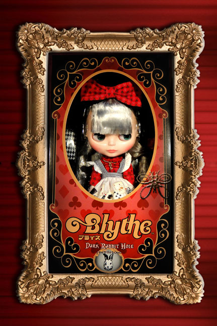 http://magmaheritage.com/Blythe/Dark%20Rabbit%20Hole/darkrabbithole_framelarge.jpg