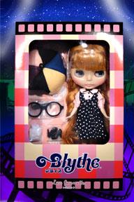 http://magmaheritage.com/Blythe/Les%20Jeunette/lesjeunnetteinboxmedium.jpg