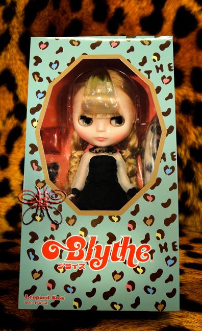http://magmaheritage.com/Blythe/leopardsass/leopardsassinboxlarge.jpg